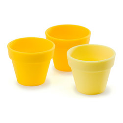 "Fusionbrands PetitePot Silicone P"" Bowl Set Of 3 Yellow - The Fusionbrands PetitePot_�� It is the cutest  little flexible container that functions in infinite ways. The PetitePot_�� is the perfect partner when cooking  seasoning  baking  snacking and organizing.  Add a p"" of your favorite spice  melt butter  separate ingredients and even bake your treasured mini delights.Whether organizing small items for the office  bath or craft room  or providing single serving sizes of snacks and sweets  both big and little hands easily grip the PetitePot_��.  Kids love them in the bathtub  at the beach  not to mention at the table with a tasty snack or dipping sauce. Grab your PetitePot_�� and discover the endless possibilities. They're so cute you'll want to p"" 'em!  Product Features      Sold in a set of 3   FDA/EU food safe silicone   Prep  bake and serve   Kid friendly   1.5 oz (3 tbsp capacity)   Dishwasher  microwave  oven & freezer safe   550 DegreesF heat resistant - fun to bake in!   BPA free"