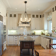 Traditional Kitchen by StorageSolutions4U