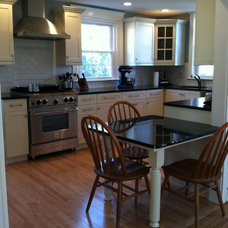 Traditional Kitchen by Kitchen Technology