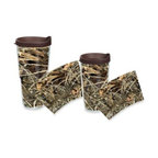 Tervis - Tervis Realtree AP Camo Wrap Tumblers with Brown Lid - Perfect for outdoorsy folk who want to hydrate incognito and blend in with the foliage. Tervis Tumblers are made with double walled insulation to keep hot drinks hot and cold drinks cold.