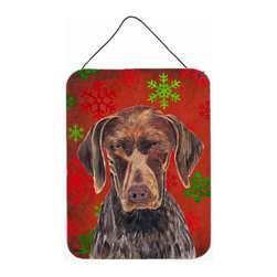 Caroline's Treasures - German Shorthaired Pointer Red Snowflakes Christmas Aluminium Metal Wall Or Door - Great for inside or outside these Aluminum prints will add a special touch to your kitchen, bath, front door, outdoor patio or any special place.  12 inches by 16 inches and full of color.  This item will take direct sun for a while before it starts to fade.  Rust and Fade resistant.  Aluminum Print with Hanging Rope.  Rounded Corners.
