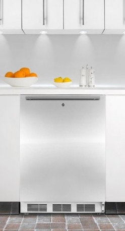 ALB651LSSHH ADA compliant built-in undercounter refrigerator-freezer with stainl - SUMMIT's ALB651 series brings advanced cooling technology to perfectly sized, fully featured refrigerator-freezers made to fit under ADA counters.