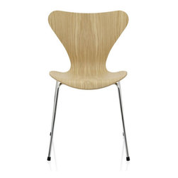 Jacobsen Series 7 Chair - Wood - The Series 7™ designed by Arne Jacobsen is by far the most sold chair in the history of Fritz Hansen and perhaps also in furniture history. The pressure moulded veneer chair is a further development of the classic Ant™ chair. The four-legged stackable chair can be seen as the culmination of the use of the lamination technique