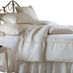 Taylor Linens - Hampton Cream Twin Duvet - Creamy and dreamy! With understated details such as delicate stitching and mother-of-pearl buttons, this 100 percent linen duvet cover suits your impeccable classic style.