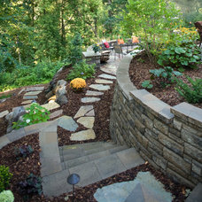 Traditional Landscaping Stones And Pavers Traditional Retainer Walls
