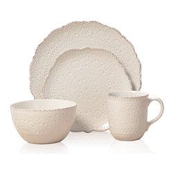 Pfaltzgaff Everyday Chateau Cream 16-piece Dinnerware Set -
