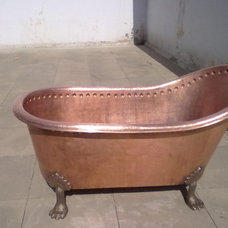 Modern Bathtubs by India Touch Impex