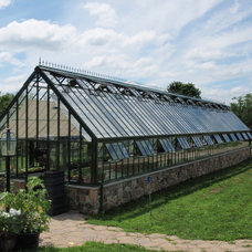 Greenhouses by Hartley Botanic Inc.