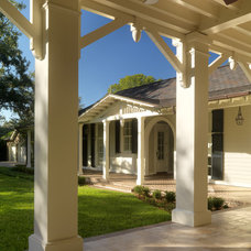 Traditional  by Cooper Johnson Smith Architects and Town Planners
