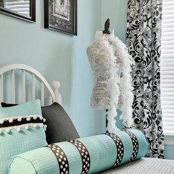 Elegant Window Treatments - The WIndows are the Eyes of the Room - Deziner Tonie - Decorating Den Interiors