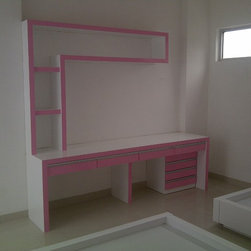 komplek cemara asri - pink in action