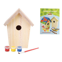 Esschert Design - Build-It-Yourself Birdhouse - Teach your kids to be friends of the forest in a hands-on way with this build-it yourself birdhouse. This wooden perch will give your child a sense of ownership and connection to wildlife, as they watch the birds visit the house in your backyard.