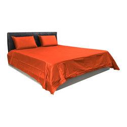 AVEREST LINENS - 500 Thread Count Solid Sheet Set in King Size - 100% Egyptian Cotton, Brick Red - Wrap yourself in these 100% Egyptian Cotton Luxurious bedding items that are truly worthy of a classy elegant suite. Comfort, quality and opulence set our Luxury Bedding in a class above the rest. Elegant yet durable, their softness is enhanced with each washing. You will relax and enjoy the rich, soft and luxurious feeling of cotton Sheet Set.