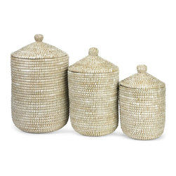 iMax - iMax Aria Sea Grass Storage Baskets - Set of 3 X-3-11748 - The simple, elegant style of this set of three sea grass lidded baskets looks great in a variety of room settings.