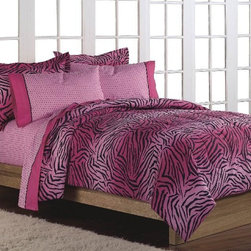 None - Pink 'Wild One' 7-piece Queen-size Bed in a Bag with Sheet Set - This fashion-forward Wild One queen-size bed in a bag and sheet set is the perfect option for a room that needs a bright splash of zebra print. Crafted with a cotton/polyester blend,this set features a lush texture that is machine washable.