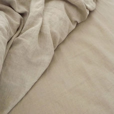 Traditional Sheet And Pillowcase Sets by Rough Linen