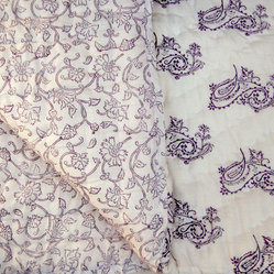 Tilonia Home: King Quilt - Fancy Paisley in Plum