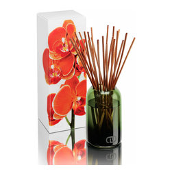 DayNa Decker Botanika Le Petit Diffuser 4.3 oz - Clementine - The Essence Diffuser is a streamlined new take on a home fragrance solution that is elegant in its simplicity.  Best-quality botanical oils expertly blended into intense multi-noted mixtures fill bottles hand-blown from recyclable glass into polished round shapes with smoothly curved, narrowing mouths.  When the 20-24 sticks of sustainable wood are allowed to rest in the oil, they draw the fragrance notes up from the bottle and release their pleasurable aromas into the air.