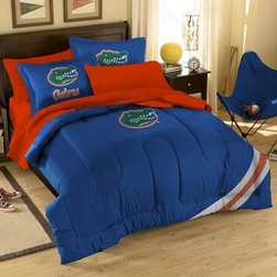 None - Florida Gator 10-piece Dorm Room in a Box - Support your team with this Florida Gator tide dorm bedding and bath set. All items in this charming set are made from soft and comfortable double brushed microfiber.