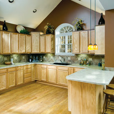 Traditional  by Kitchen Gallery