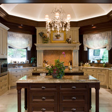Traditional Kitchen by BROWN DAVIS INTERIORS, INC.