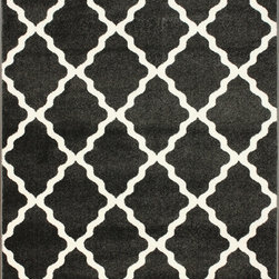 Nuloom - nuLOOM Modern Moroccan Trellis Grey Rug (4' x 6') - This area rug rug is crafted with easy-to-clean polypropylene yarns that prevents shedding,unlike wool. The rug features a variety of modern shades that will enhance your decorative scheme.