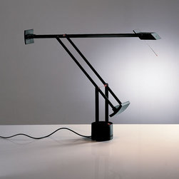 Artemide - Tizio Micro Table Lamp - Black | Artemide - Design by Richard Sapper, 1972.