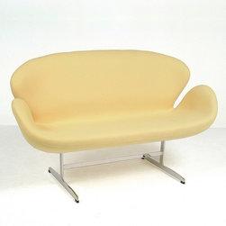 Modern Classics - Jacobsen: Swan Sofa Reproduction - Features: