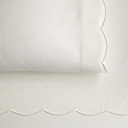 Peacock Alley - Overture Fitted Sheet, Ivory, King - Classic style and incredible comfort meet in this 300 thread-count, 100 percent Egyptian cotton sateen fitted sheet. Perfect for your traditional décor.