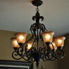 Traditional Chandeliers by St.Charles Lighting
