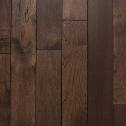 """Heirloom Collection Hickory Summit - 1/2"""" x 5"""" x random lengths (16""""-71"""") - Micro-beveled ends and edges - Smooth with character distressing, hand-cut edges - Anti-scratch finish with Aluminum Oxide - 25 year finish and lifetime structural warranty - Installation options: above or on grade; glue, nail, or floating"""