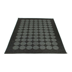 Pappelina - Pappelina HUGO area rug Black/Black Metallic - This  rug from Pappelina, Sweden, uses PVC-plastic and polyester-warp to give it ultimate durability and clean-ability. Great for decks, bathrooms, kitchens and kid's rooms. Turn the rug over and the colors will be reversed!
