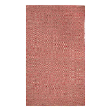 Naples rug in Red - The interlocking diamond pattern of Naples adds spice to any decor.  A unique blend of space-dyed wool and cotton yarn gives a tonal effect and provides a soft touch and durability.
