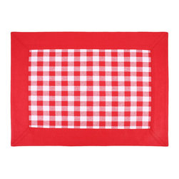 """Ladelle - Gingham Red Placemat, 13"""" x 17"""" - We definitely have a thing for Gingham. This collection is made of 100% cotton, with matching tablecloths, placemats, table runners and napkins. Makes a stylish addition to any picnic, summer BBQ or family dinner at home."""