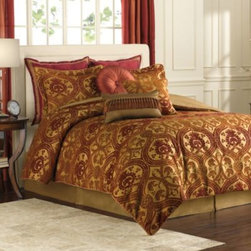 Next Creations Holdings Llc - Costello 4-Piece Comforter Set - Bring an understated warmth and elegance to your bedroom with the Costello comforter set. This bedding set has a rich and luxurious light chenille in an easy to understand pattern that coordinates easily with almost any décor.