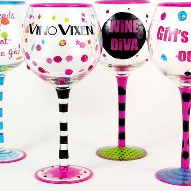 Hand Painted Girls Gotta LIve! Wine Glasses, Set of 4, Holds 18 Oz - Hand Painted Wine Glasses are perfect for a birthday party, holiday, bachelorette's party, or a get-together with friends !