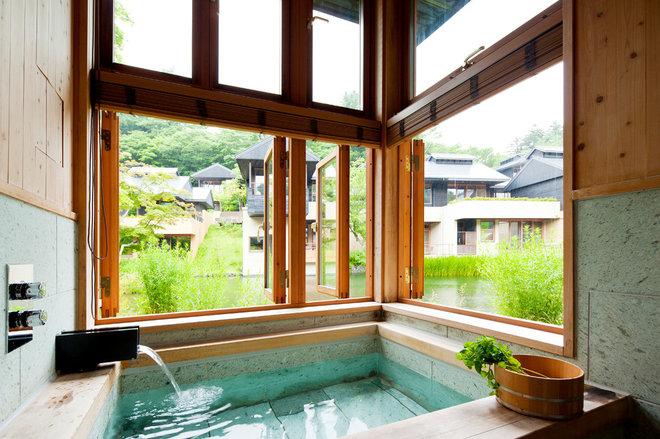 Hoshinoya - Bath Outdoor View.jpg