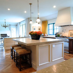 traditional kitchen by Brenda Olde
