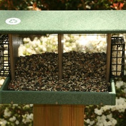 Songbird Essentials - Large Double Hopper Hunter Driftwood - Hunter Driftwood recycled plastic Large Hopper with 2 seed bins and 2 suet cages. Great for using different types of seed and suet or seed cakes. Powder coated screens for drainage and easy to clean and disinfect 19 x 12.5 x 2