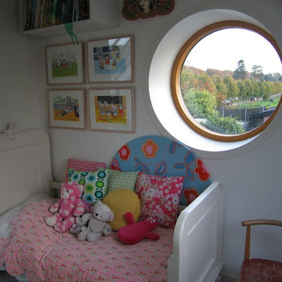 Kids Photos Round Room Design, Pictures, Remodel, Decor and Ideas