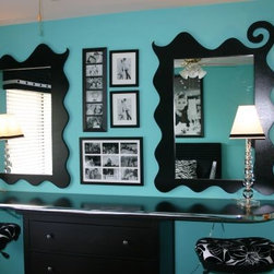 Beauty Bars and Mirrors - Custom-made mirrors to fit any space
