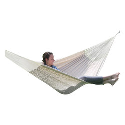 "Sunnydaze Decor - XXL Thick Cord Mayan Hammock, Natural - Overall Length 13'1"" x Width 7'6"" Dimensions of the bed itself is 6'7"" in length and 7'6"" in width Maximum Carrying Capacity: 880 lbs"