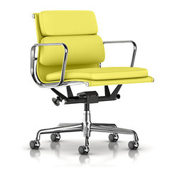 Eames Soft Pad Management Chair, Royal Hide Leather