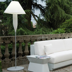 Bonheur Outdoor Floor Lamp - The Bonheur outdoor floor lamp has an illuminated shade and body that seems to float in mid-air.