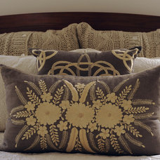 Traditional Bed Pillows by DTM INTERIORS