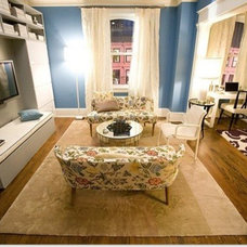 Contemporary  Carrie Bradshaw's Apartment
