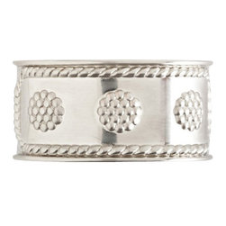 """Juliska - Juliska Berry and Thread Metal Napkin Ring, Bright Satin - Juliska Berry and Thread Metal Napkin Ring Bright SatinAdd gleaming accent to your table with this tailored napkin ring that lends a splash of subtle sparkle to any occasion, be it a casual weekend brunch or upscale dinner party. Dimensions: 2.75"""" L x 1.75"""" W x 1"""" H"""