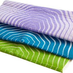 Full Circle - Full Circle Pulp Friction Wood Fiber Cleaning Cloths - 18 units - Feel bad about wasting all those paper towels? You can still do a great job cleaning without adding to our landfill. Use these machine washable cloths to wash dishes, windows and even pick up spills. In three cool colors, they are as absorbent as they are chic.