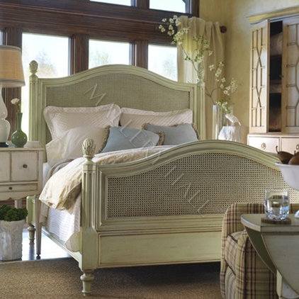 Eclectic Bedroom by Mallery Hall LLC