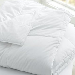 Garnet Hill - Garnet Hill Signature Primaloft Comforter - Double/Queen - This is a hypoallergenic alternative to a bestselling comforter in smooth 400 thread count Supima cotton sateen, with tabs for securing a cover, sewn-through box construction, and piped edges. Primaloft fill.